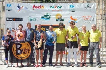 Buffadventure y Camelbak premios